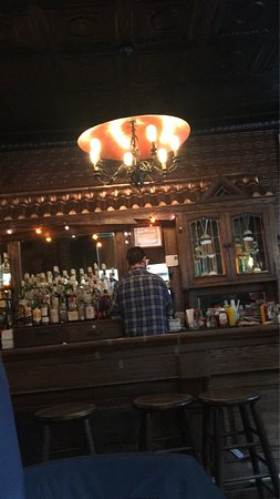Corner Bistro: Panino verace! Atmosfera incantevole,vero pub americano.