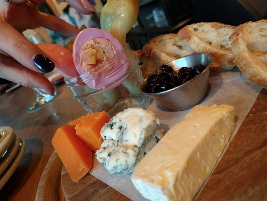 Hopfields: cheese 'n pickles