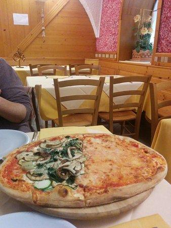 Pizzeria Al Conte : Ottima pizza e birra