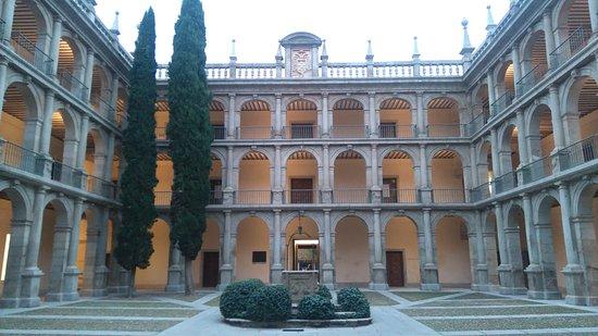 Alcala De Henares, Espagne : DSC_0106_large.jpg