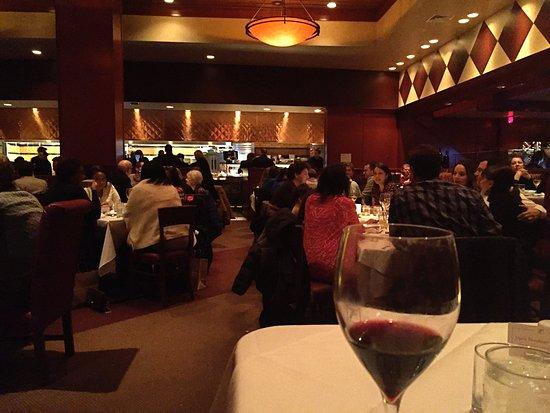 เบอร์มิงแฮม, มิชิแกน: Dining Room