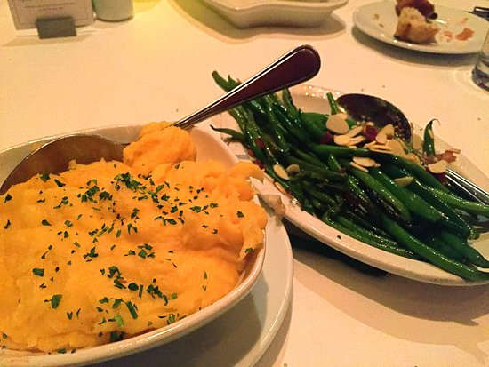 Birmingham, MI: Potatoes and green beans