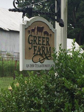 Daingerfield, TX: Greer Farm Lakeside Cabins