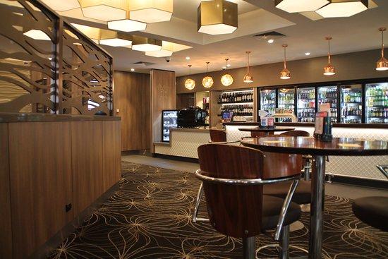 Tullamarine, Australia: Gladstone Park Hotel Bistro Bar