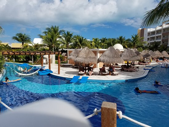 Excellence Playa Mujeres: 20161201_112359_large.jpg