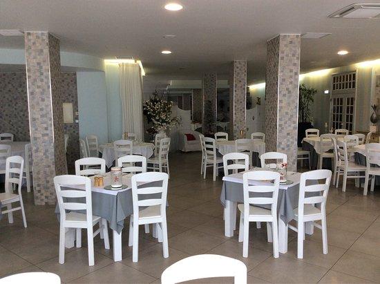 Hotel Cristal Vieira Praia & Spa: O pequeno almoço é bom e saudável