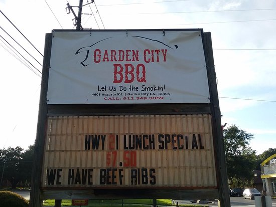 Garden City, GA: Don't worry ....let us cater and be happy!