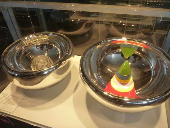 Corning, Estado de Nueva York: Cosmic bowls
