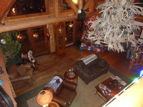 Salesville, OH: Partial view of the common room from the upper balcony