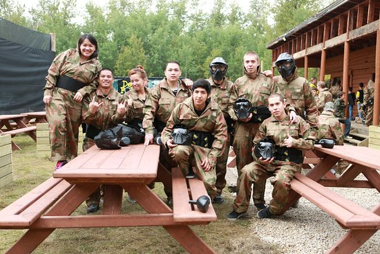 Sherwood Park, Canada: Happy Paintball Warriors!