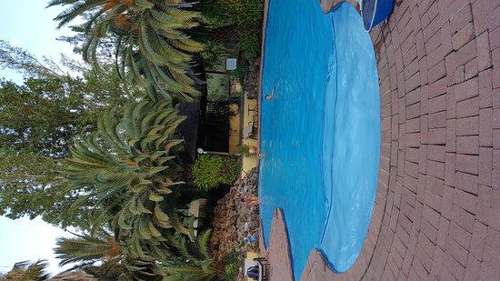 Shumba Valley Lodge: 20161127_174809_large.jpg