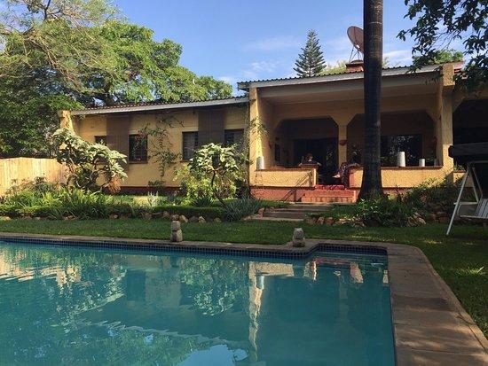 Central African Wilderness Safaris Heuglin's Lodge Lilongwe