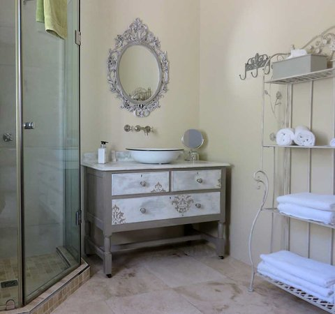 Durbanville, África do Sul: The Dolce Bathroom