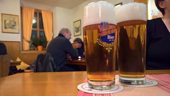 Cadolzburg, ألمانيا: gutes Ammerndorfer Bier