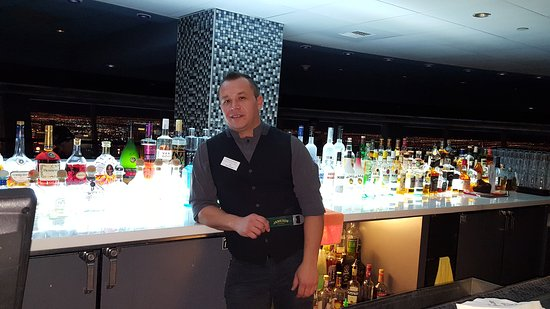 The Vest bartender - Ivo ! @ 107 Sky Lounge Las Vegas