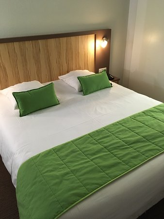 Best Hotel Reims Croix Blandin : photo0.jpg