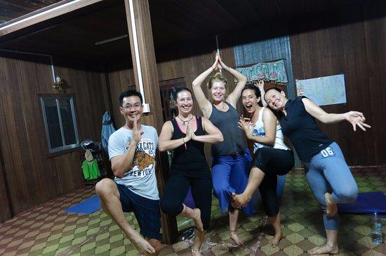 Sen Monorom, Cambodia: Yoga fun!!