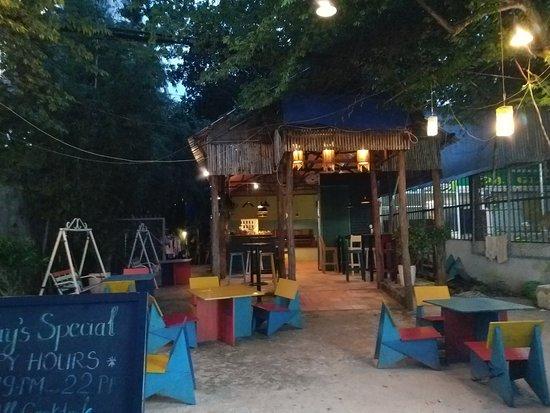 Νησί Που Κουόκ, Βιετνάμ: Chinaskis