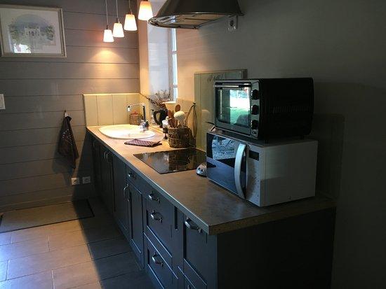 Cuisine ouverte de la Suite du Lac - Picture of La Maison du ...