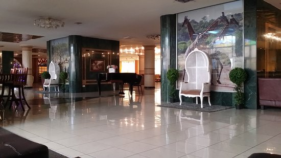 The Panari Hotel: 20161128_085604_large.jpg