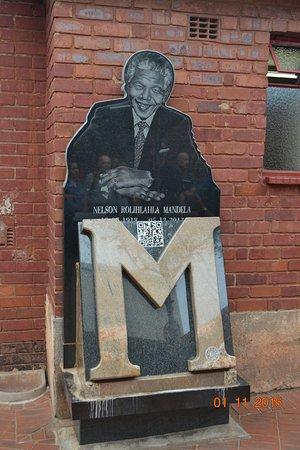 Johannesburg, África do Sul: En el exterior de la casa de Mandela