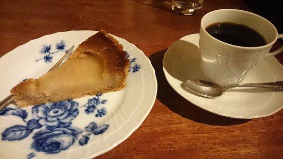Ichikawa, Japan: cafe 螢明舎 八幡店