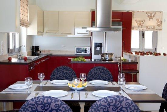 Thealos Village : Villa - dining room