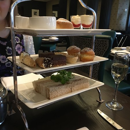 Mottram St. Andrew, UK: Lovely afternoon tea