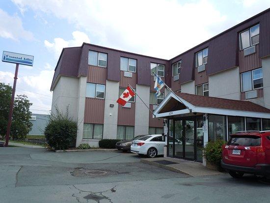 Dartmouth, Canadá: モーテルというよりは、ホテル風です
