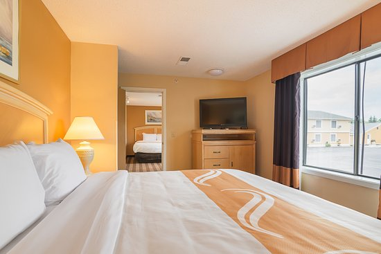 Quality Inn: TWO BEDROOM WITH KING BEDS