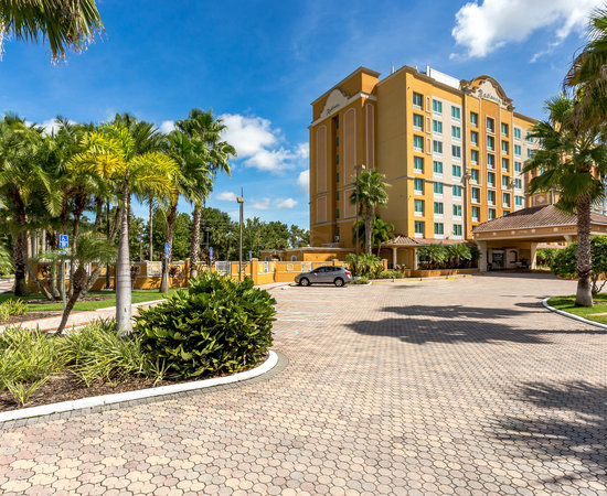 The Radisson Hotel Orlando Lake Buena Vista