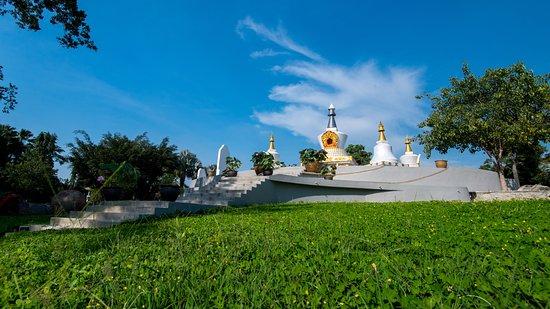 Melaka Staat, Maleisië: Buddhist Stupa's Monument