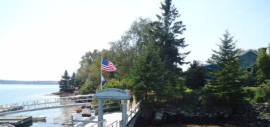 Boothbay Harbor, ME: Cabbage Island Dock