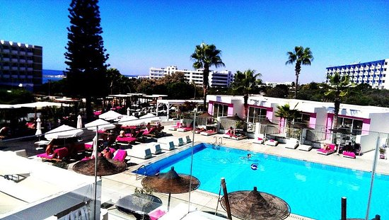 Napa Mermaid Hotel and Suites Photo