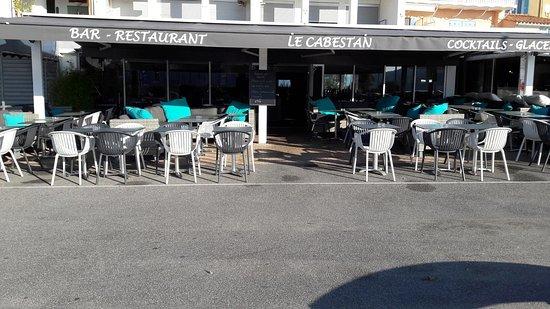 Saint-Cyr-sur-Mer, Francia: Bar Restaurant Le Cabestan Saint Cyr Sur Mer, Les Lecques