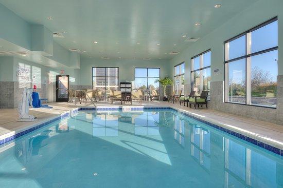 Hampton Inn Suites Chicago Schaumburg Updated 2017 Prices Hotel Reviews Il Tripadvisor