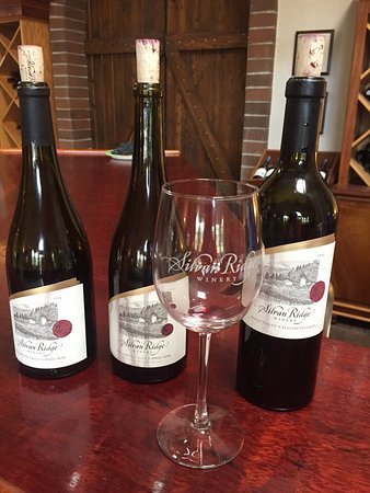 Eugene, OR: Silvan Ridge wines.