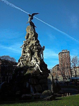 Monumento Al Traforo del Cenisio-Frejus