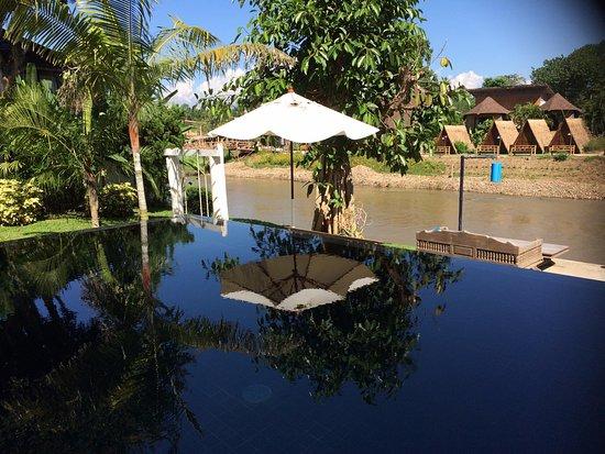 Rim Pai Cottage: swimming pool