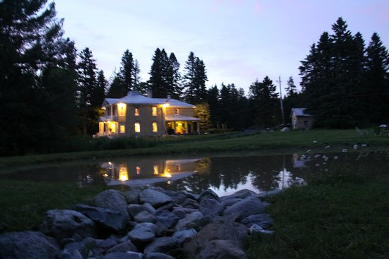 Saint Georges, Canada: Evening by the Lake