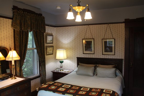 Saint Georges, Canada: Dollie's Room