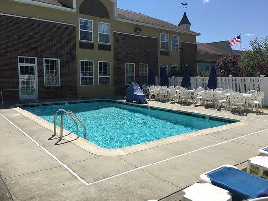 Pool - Picture of Quality Inn Mystic-Groton - Tripadvisor