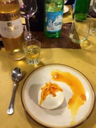 Casciana Terme Lari, Italy: Dessert.