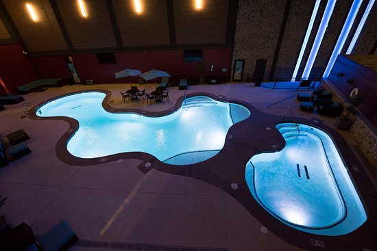 Roland, OK: Pool & Hot Tub
