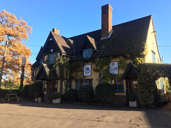 Wymondham, UK: The Boars Free house and Restauranr
