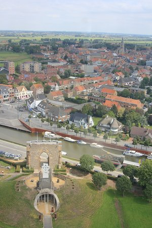 Diksmuide, Bélgica: View from the top of the Yser Tower