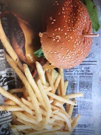 Burger Moe's Photo