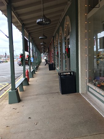Plains Historic Inn & Antique Mall