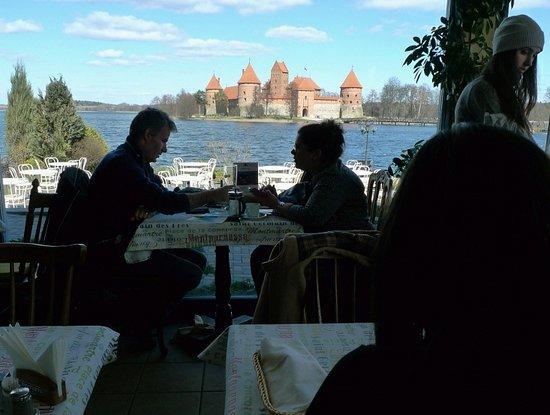 Trakai, Lituania: Castelo ao fundo