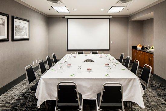 Brookline, MA: JFK Boardroom